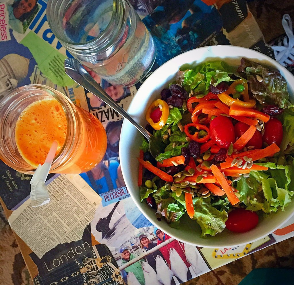 Check out the salad bar and delicious juices at Whitefish Hostel in Whitefish, Montana. // Dreams, etc.