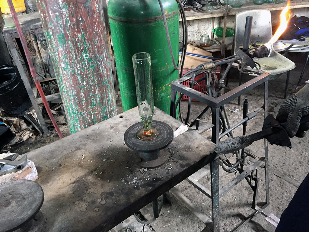 One of the best places on my Bogota city tour was a visit to a glass factory. // dreams-etc.com