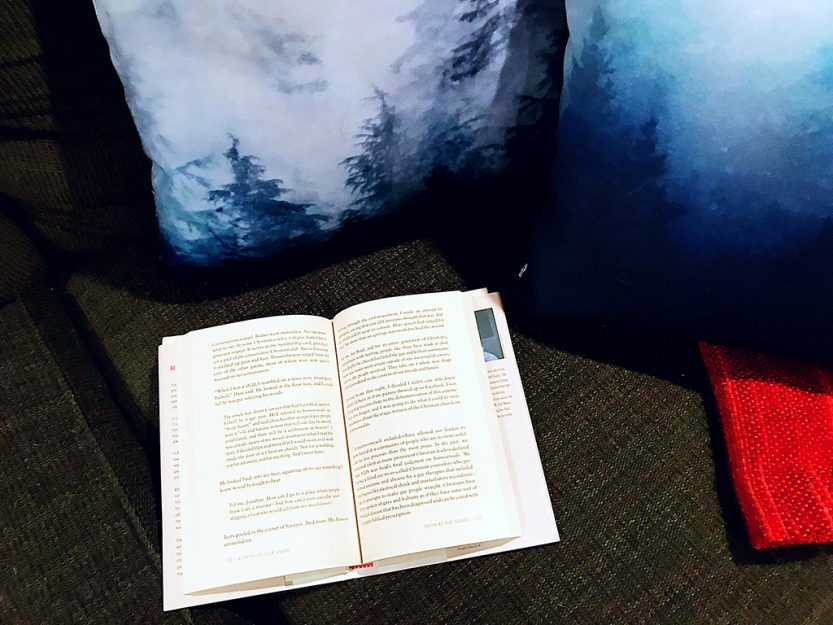 6 books to help you become a better a better writer + communicate your message better. // dreams-etc.com
