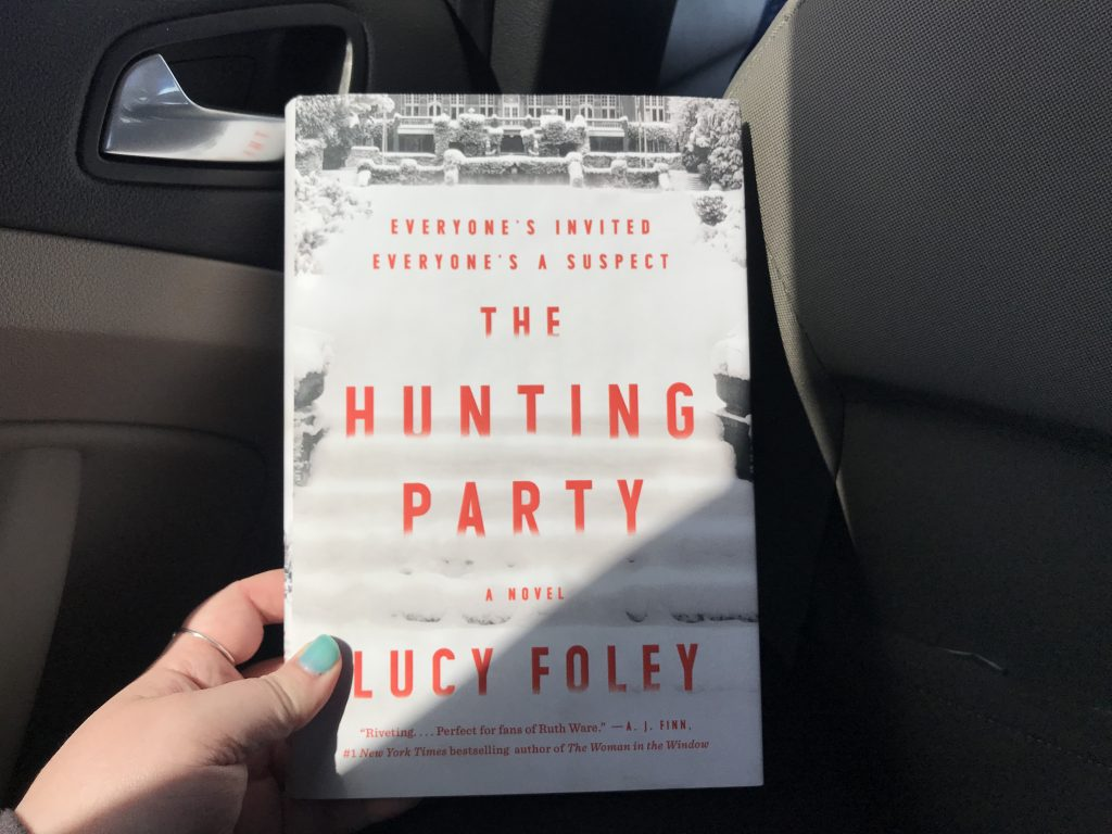 A review of the book The Hunting Party by Lucy Foley. // dreams-etc.com